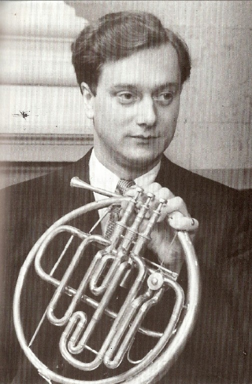 The London Philharmonic Orchestra - Theodor Guschlbauer - Le Beau Danube Bleu - Valse De L' Empereur